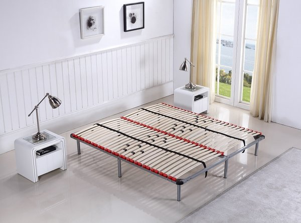 sommier lattes gris avec pieds diff rentes dimensions cadentro. Black Bedroom Furniture Sets. Home Design Ideas